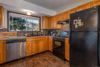 Photo 2: 687 Nootka St in : CV Comox (Town of) House for sale (Comox Valley)  : MLS®# 861948