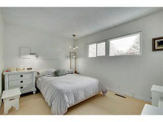 Photo 11: 6224 LONGMOOR Way SW in Calgary: Lakeview House for sale