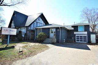 Photo 1: 1332 8th Street East in Saskatoon: Holliston Commercial for sale : MLS®# SK851650