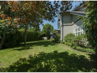 """Photo 19: 1 14877 33RD Avenue in Surrey: King George Corridor Townhouse for sale in """"SANDHURST"""" (South Surrey White Rock)  : MLS®# F1402947"""
