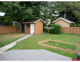 """Photo 8: 1734 145TH Street in Surrey: Sunnyside Park Surrey House for sale in """"THE GLENS"""" (South Surrey White Rock)  : MLS®# F2917597"""
