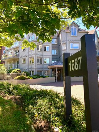 Photo 24: 304 1687 Poplar Ave in : SE Mt Tolmie Condo for sale (Saanich East)  : MLS®# 879801