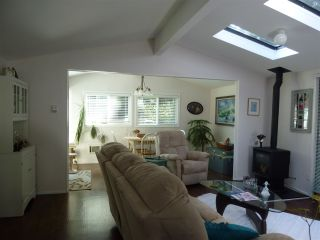 """Photo 11:  in Sechelt: Sechelt District House for sale in """"TSAWCOME"""" (Sunshine Coast)  : MLS®# R2466558"""