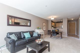 """Photo 4: 422 3122 ST JOHNS Street in Port Moody: Port Moody Centre Condo for sale in """"SONRISA"""" : MLS®# R2159286"""