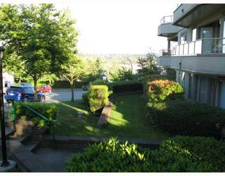 """Photo 10: 103 78 RICHMOND Street in New_Westminster: Fraserview NW Condo for sale in """"GOVENOR'S COURT"""" (New Westminster)  : MLS®# V659014"""