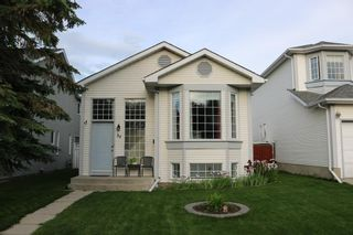 Photo 3: 39 River Rock Circle SE in Calgary: Riverbend Detached for sale : MLS®# A1079614