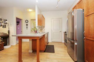 Photo 5: 305 33318 E BOURQUIN CRESCENT in Abbotsford: Central Abbotsford Condo for sale : MLS®# R2515810