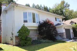 Photo 2: 1222 RYDER Street in Hope: Hope Center House for sale : MLS®# R2386394