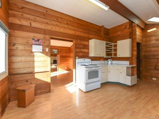 Photo 3: 1975 DOGWOOD DRIVE in COURTENAY: CV Courtenay City House for sale (Comox Valley)  : MLS®# 806549