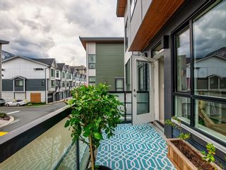 """Photo 12: 38367 SUMMITS VIEW Drive in Squamish: Downtown SQ Townhouse for sale in """"Eaglewind"""" : MLS®# R2616337"""