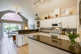 """Photo 9: 11 4001 OLD CLAYBURN Road in Abbotsford: Abbotsford East Townhouse for sale in """"Cedar Springs"""" : MLS®# R2575947"""