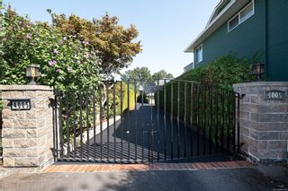 Photo 2: 4005 Santa Rosa Pl in Saanich: SW Strawberry Vale House for sale (Saanich West)  : MLS®# 884709