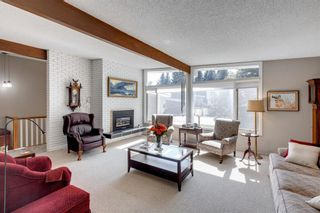 Photo 4: 4 Varslea Place NW in Calgary: Varsity Detached for sale : MLS®# A1145098