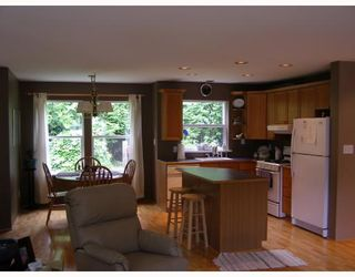 Photo 4: 7977 EASTWOOD Road in No_City_Value: Pender Harbour Egmont House for sale (Sunshine Coast)  : MLS®# V713709