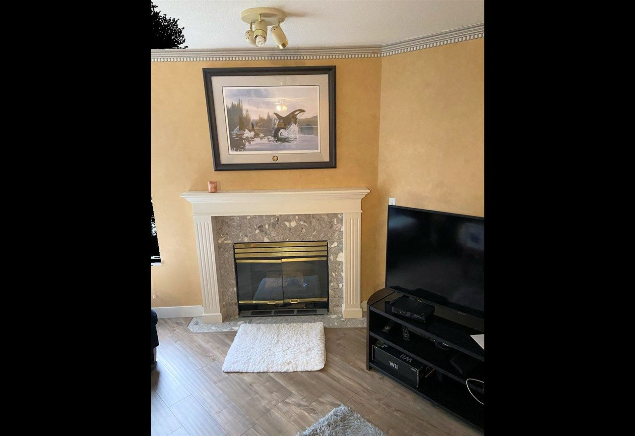 """Photo 8: Photos: 31 7955 122 Street in Surrey: West Newton Townhouse for sale in """"Scottdale Village"""" : MLS®# R2428353"""