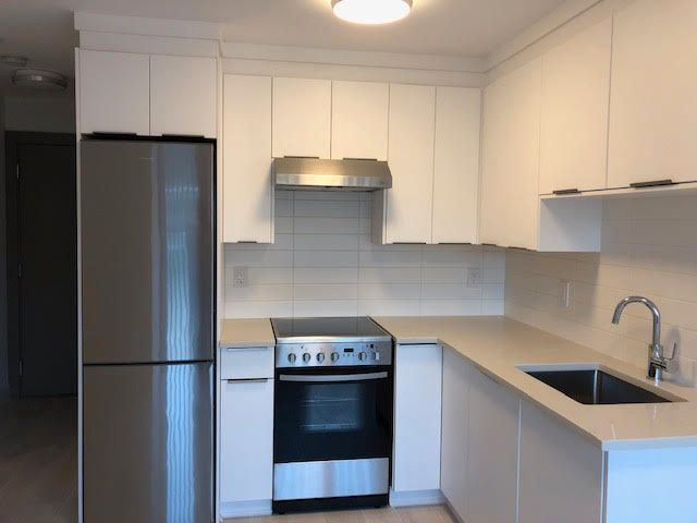 Photo 30: Photos: 14 Ellesmere Road in Burnaby: Capitol Hill House for rent (Burnaby North)