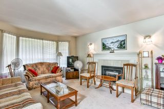 Photo 3: 9127 161A Street in Surrey: Fleetwood Tynehead House for sale : MLS®# R2188659