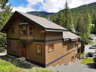 """Photo 22: 2347 CHEAKAMUS Way in Whistler: Bayshores House for sale in """"Bayshores"""" : MLS®# R2595543"""