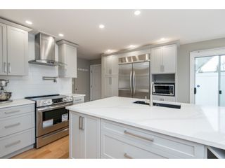 """Photo 8: 51 8737 212 Street in Langley: Walnut Grove Townhouse for sale in """"Chartwell Green"""" : MLS®# R2448561"""