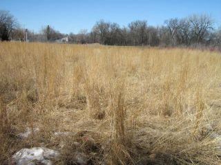 Photo 2: 200 Wildwood A Park in WINNIPEG: Fort Garry / Whyte Ridge / St Norbert Residential for sale (South Winnipeg)  : MLS®# 1106330