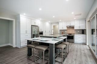 "Photo 10: 5500 WALLACE Avenue in Delta: Pebble Hill House for sale in ""Pebble Hill"" (Tsawwassen)  : MLS®# R2624650"