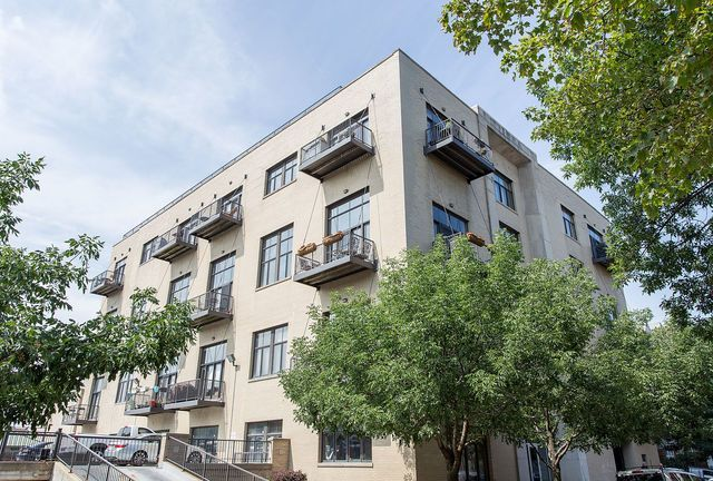 Main Photo: 2101 Rice Street Unit 307 in CHICAGO: CHI - West Town Condo, Co-op, Townhome for sale ()  : MLS®# 09806243