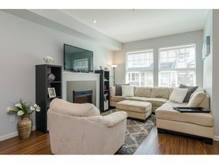 """Photo 4: 56 20831 70 Avenue in Langley: Willoughby Heights Townhouse for sale in """"RADIUS AT MILNER HEIGHTS"""" : MLS®# R2396437"""