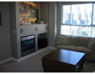 """Photo 3: 37 7733 HEATHER Street in Richmond: McLennan North Townhouse for sale in """"HEARTSTONE"""" : MLS®# V638024"""