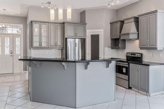 Photo 5: 602 SIERRA MADRE Court SW in Calgary: Signal Hill Detached for sale : MLS®# C4226468