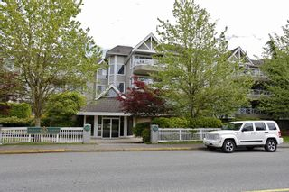 """Photo 8: 205 5556 201A Street in Langley: Langley City Condo for sale in """"Michaud Gardens"""" : MLS®# F1321121"""