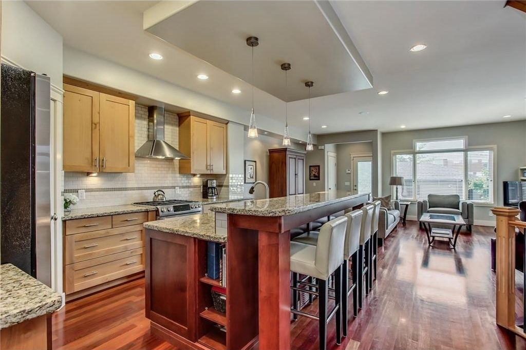 Photo 10: Photos: 3909 19 Street SW in Calgary: Altadore House for sale : MLS®# C4122880