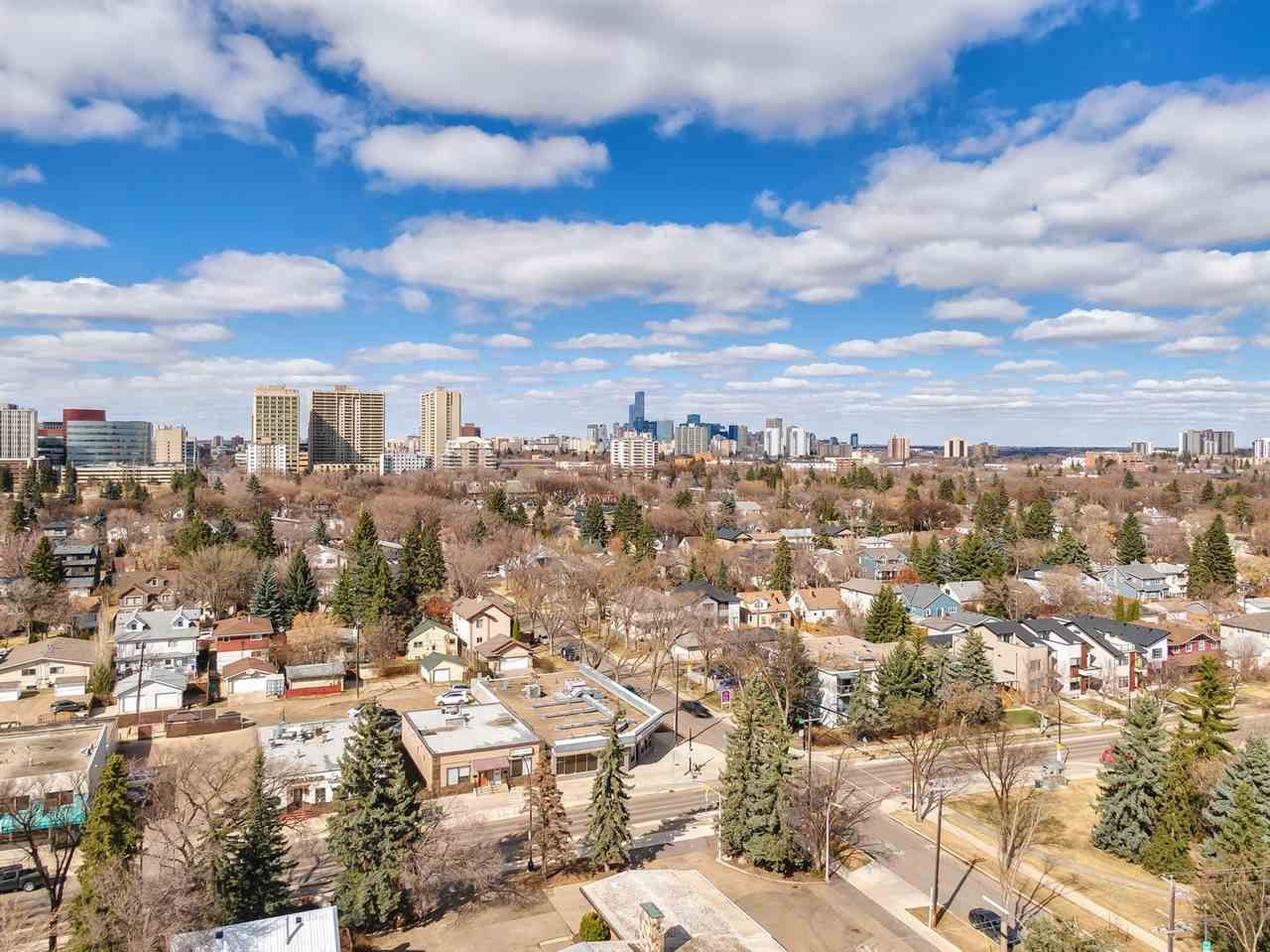 Main Photo: 11209 75 Avenue in Edmonton: Zone 15 House for sale : MLS®# E4240354