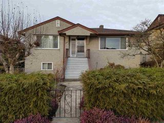 Photo 1: 4203 KITCHENER Street in Burnaby: Willingdon Heights House for sale (Burnaby North)  : MLS®# R2136045