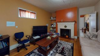 Photo 2: 3207 E GEORGIA Street in Vancouver: Renfrew VE House for sale (Vancouver East)  : MLS®# R2574856