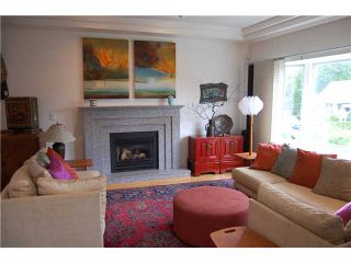 """Photo 2: 180 W 19TH Avenue in Vancouver: Cambie House for sale in """"CAMBIE VILLAGE"""" (Vancouver West)  : MLS®# V836975"""