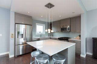 Photo 7: 2910 25 Avenue SW in Calgary: Killarney/Glengarry Row/Townhouse for sale : MLS®# A1085699