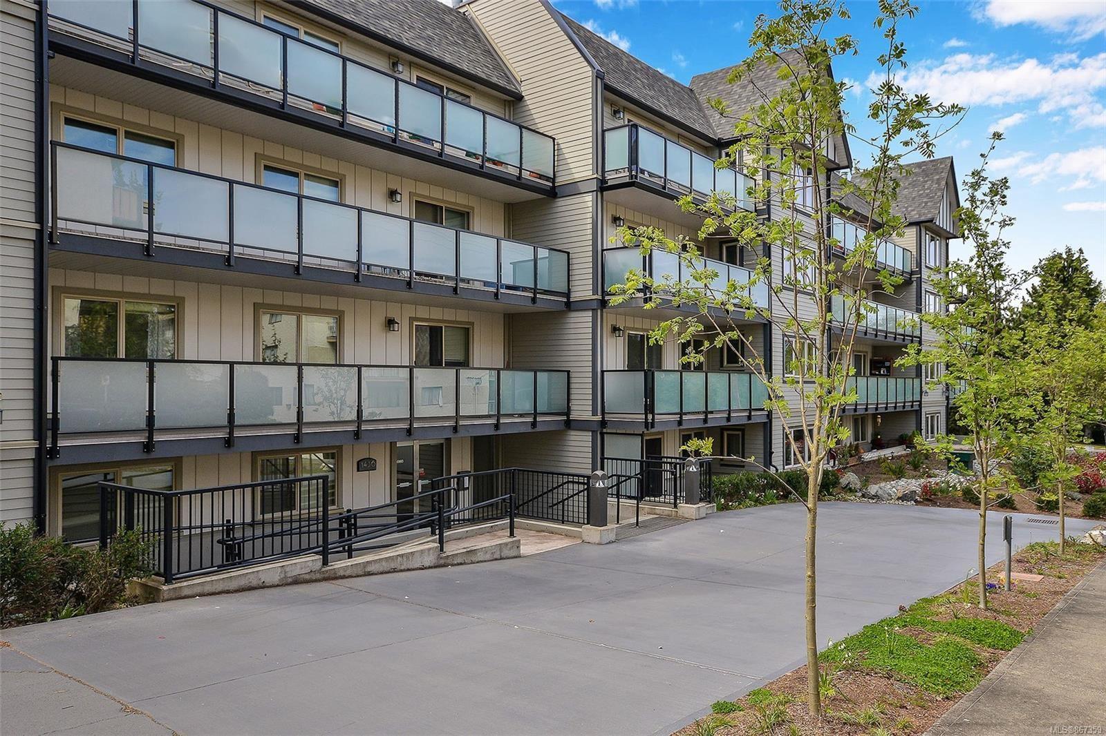 Main Photo: 104 1436 Harrison St in : Vi Downtown Condo for sale (Victoria)  : MLS®# 867359