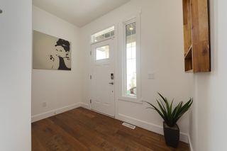 Photo 2: 2628 204 Street in Edmonton: Zone 57 House for sale : MLS®# E4248667
