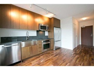 """Photo 2: 611 250 E 6TH Avenue in Vancouver: Mount Pleasant VE Condo for sale in """"THE DISTRICT"""" (Vancouver East)  : MLS®# V1025038"""