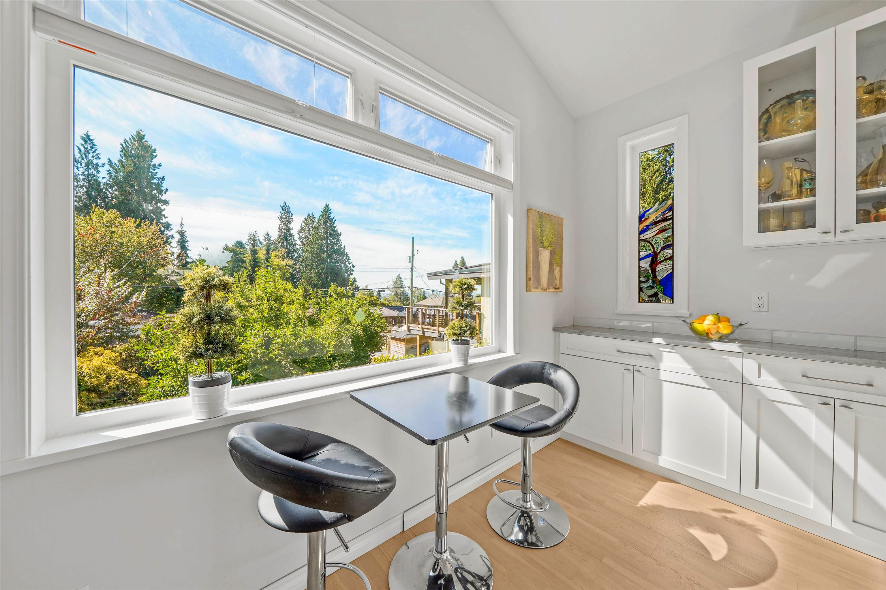 Main Photo: 259 E 27TH Street in North Vancouver: Upper Lonsdale House for sale : MLS®# R2619117