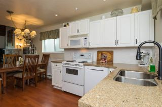 Photo 6: 11955 STAPLES Crescent in Delta: Sunshine Hills Woods House for sale (N. Delta)  : MLS®# R2092207