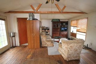 Photo 13: 208 Mcguire Beach Road in Kawartha Lakes: Rural Carden House (Bungalow) for sale : MLS®# X4970159