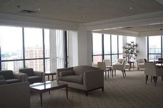 Photo 9: #602 24 W Wellesley Street in Toronto: Bay Street Corridor Condo for lease (Toronto C01)  : MLS®# C4930860