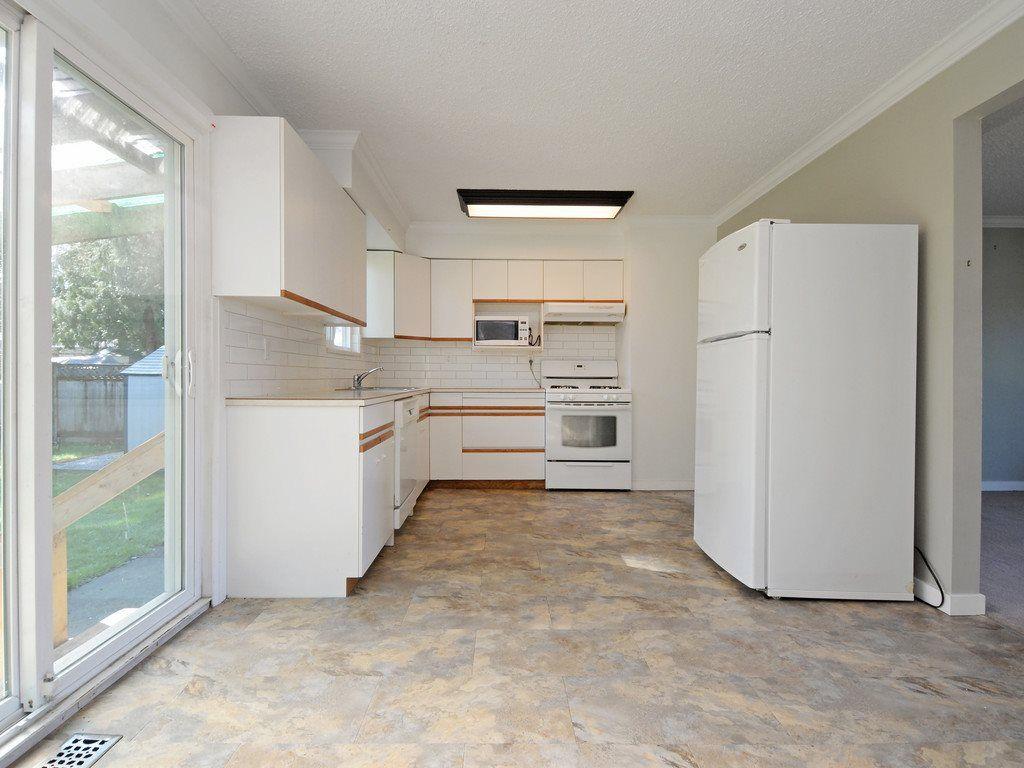 Photo 10: Photos: 11632 STEEVES Street in Maple Ridge: Southwest Maple Ridge House for sale : MLS®# R2495185