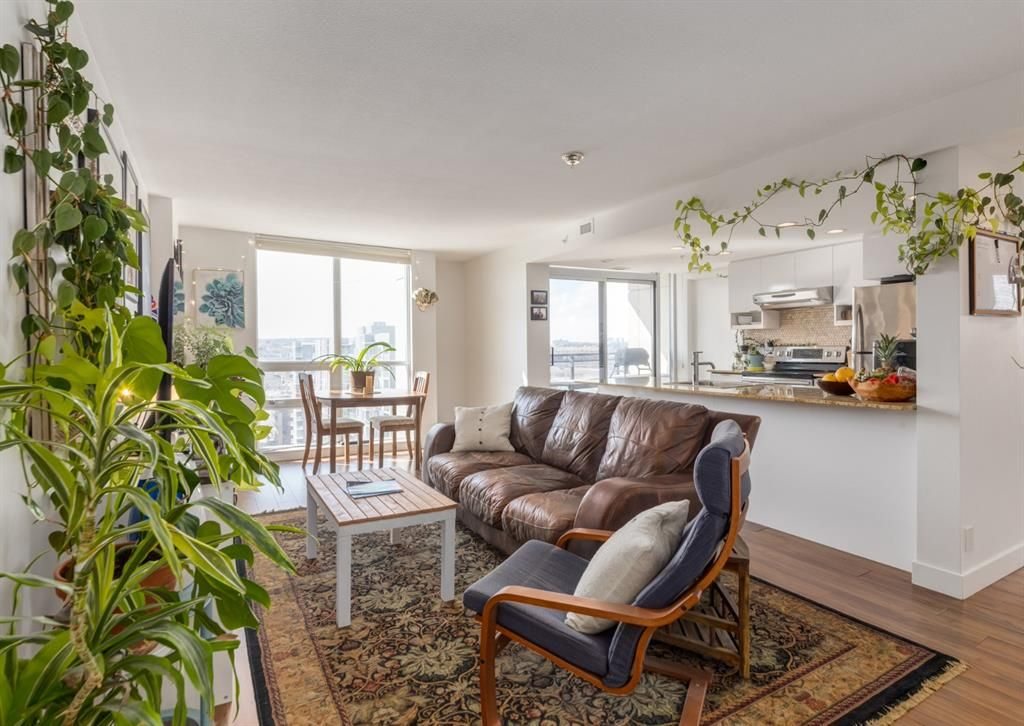 Main Photo: 1306 1110 11 Street SW in Calgary: Beltline Apartment for sale : MLS®# A1098861