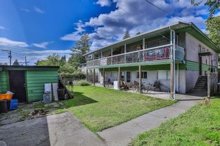 Photo 15: 92-94 GLOVER Avenue in New Westminster: GlenBrooke North Duplex for sale : MLS®# R2499483