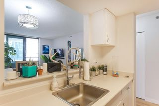 """Photo 8: 604 789 DRAKE Street in Vancouver: Downtown VW Condo for sale in """"CENTURY TOWER"""" (Vancouver West)  : MLS®# R2426940"""