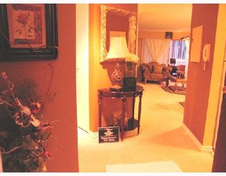 "Photo 2: 207 8040 BLUNDELL Road in Richmond: Garden City Condo for sale in ""BLUNDELL PLACE"" : MLS®# V670818"