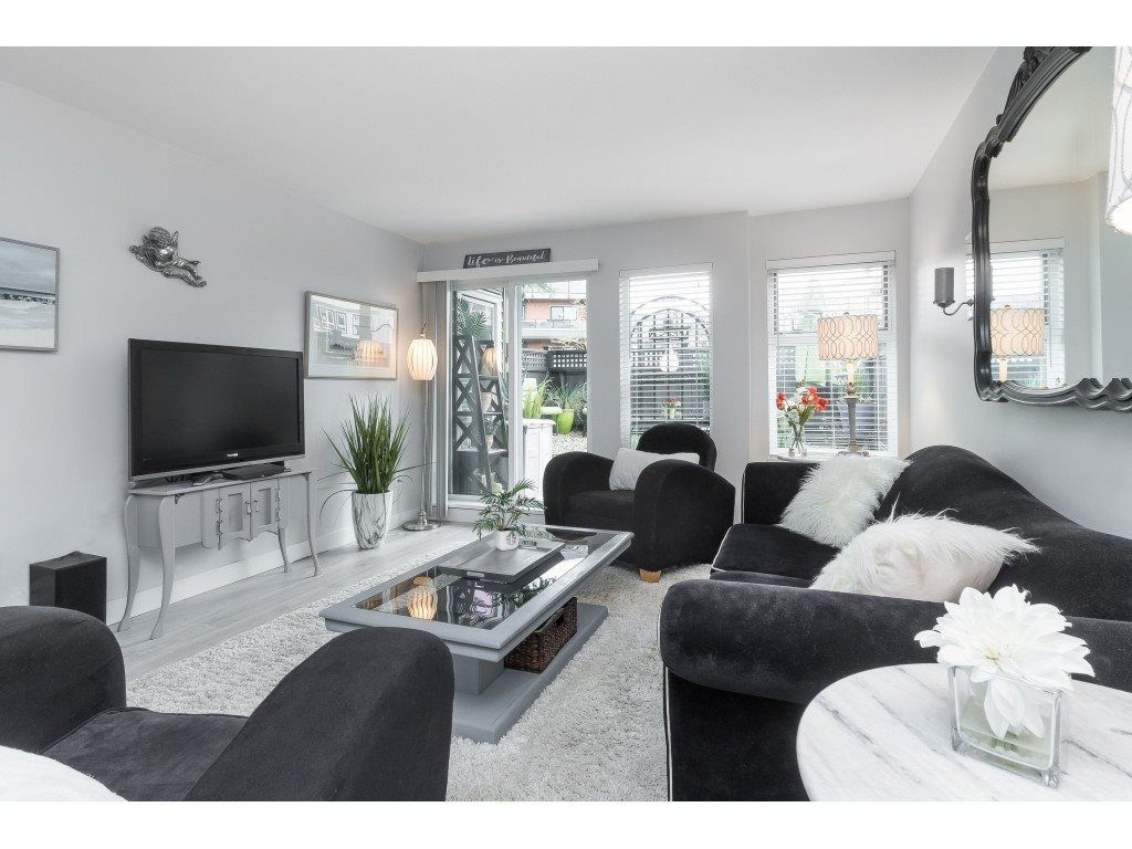 """Main Photo: 119 1850 E SOUTHMERE Crescent in Surrey: Sunnyside Park Surrey Condo for sale in """"SOUTHMERE PLACE"""" (South Surrey White Rock)  : MLS®# R2465271"""