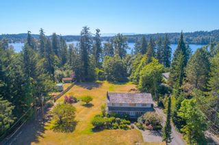 Photo 4: 585 Brookleigh Rd in : SW Elk Lake House for sale (Saanich West)  : MLS®# 860550